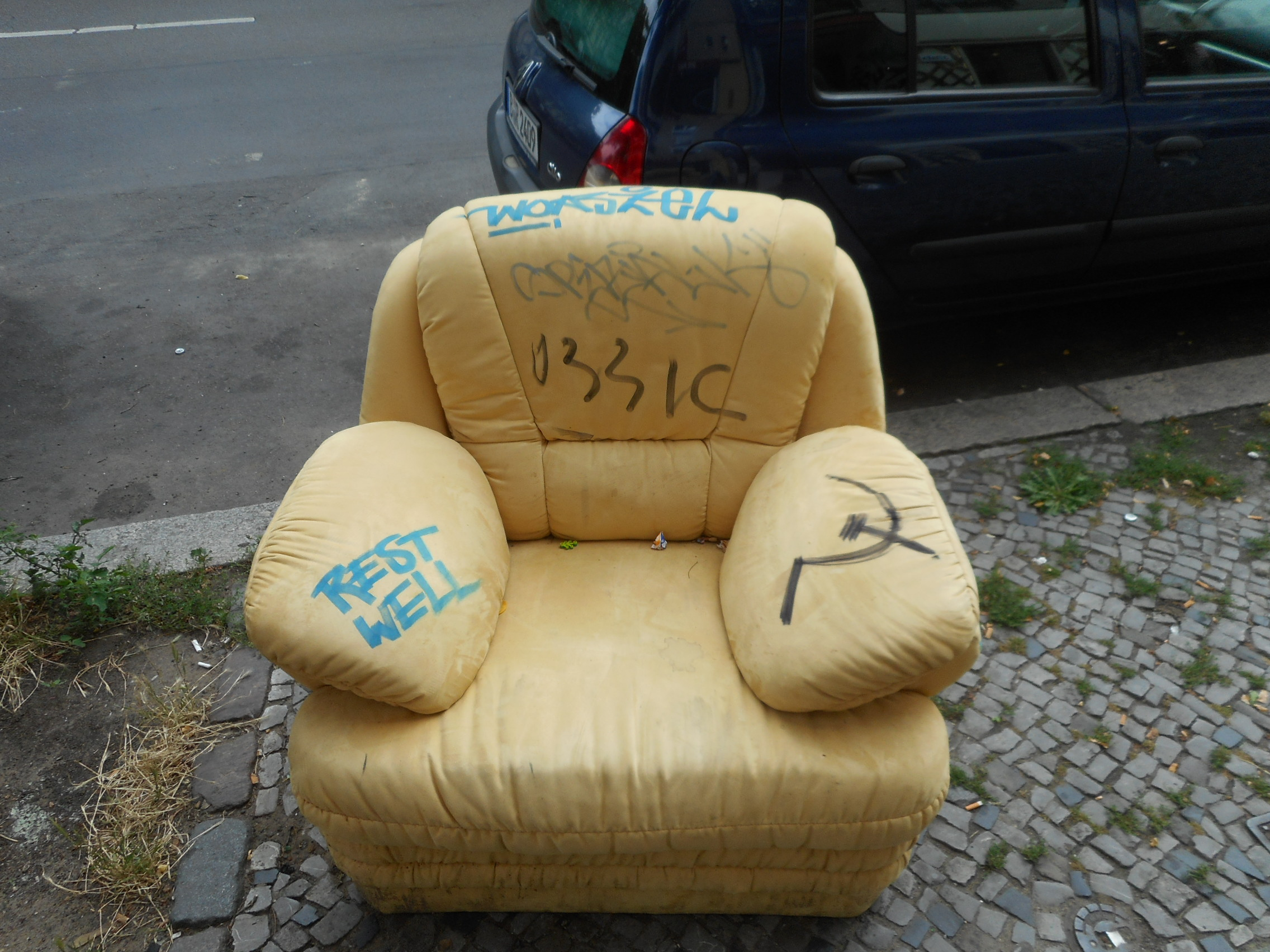 old-chair-berlin